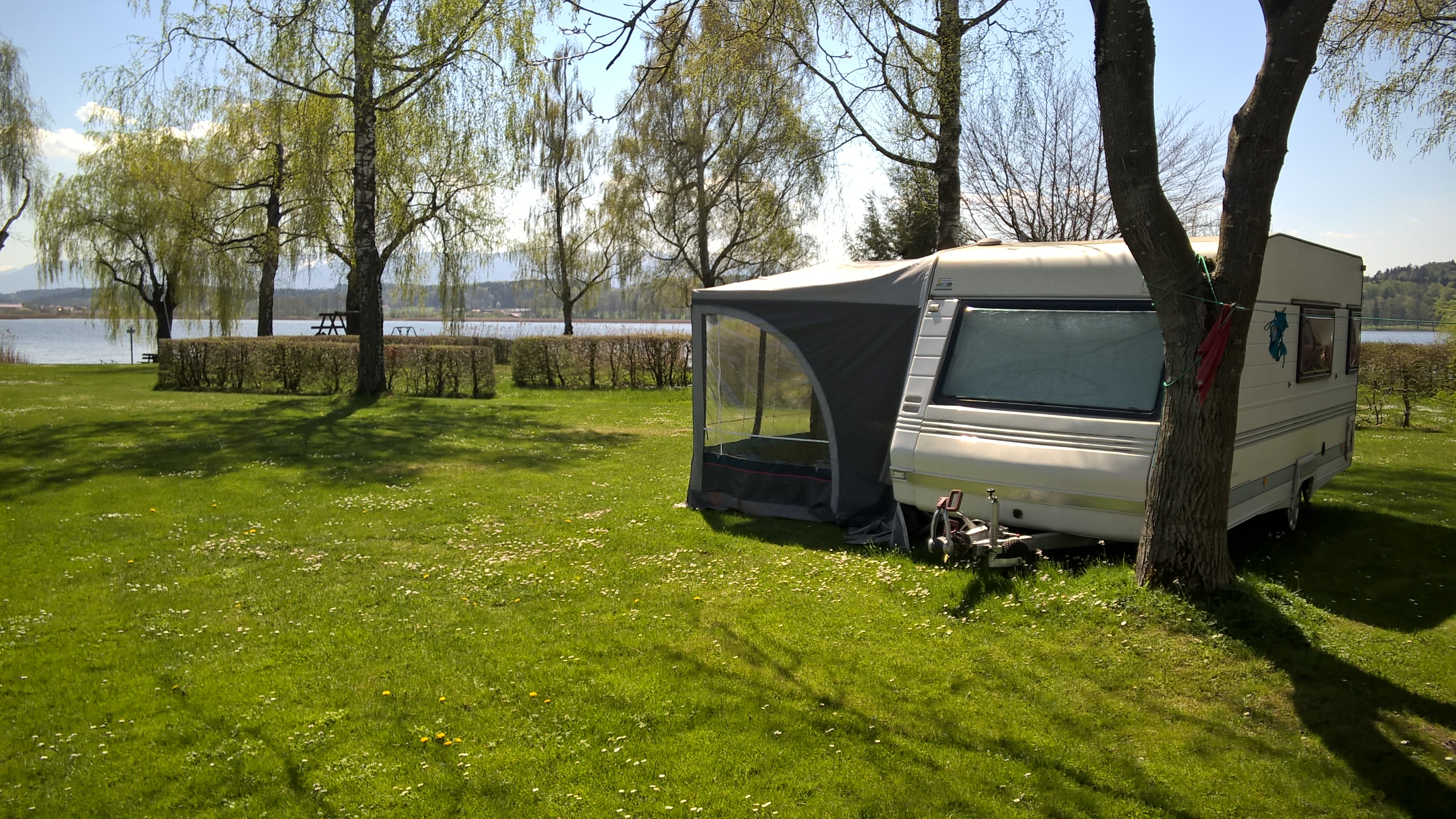 wohnwagen wiesespitz campingplatz stadler am waginger see. Black Bedroom Furniture Sets. Home Design Ideas